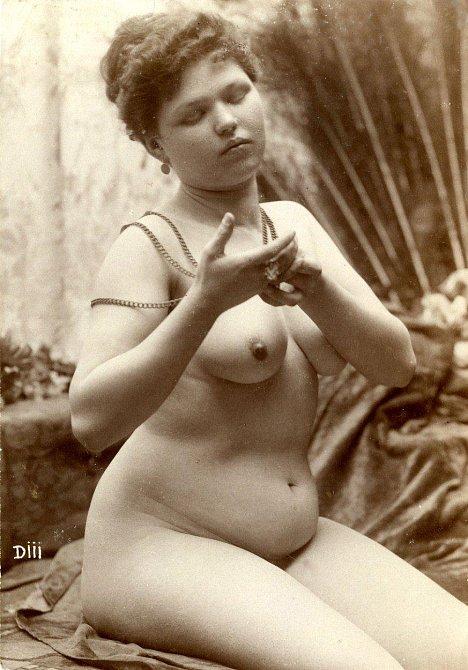 Tyto dámy rozpalovaly naše pradědečky v roce 1895