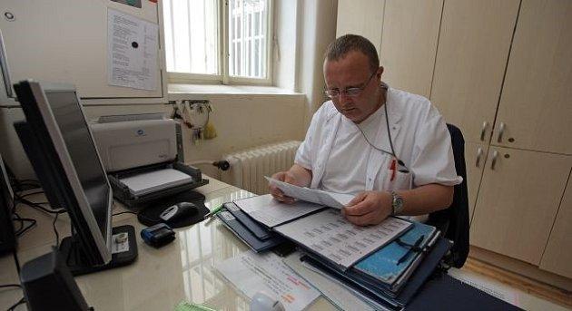 MUDr. Richard Krombholz, MBA, primář gerontopsychiatrického oddělení Psychiatrické nemocnice Bohnice.