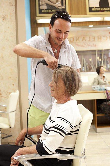 """Zuzana (59): """"Mám extrémně jemné vlasy."""""""