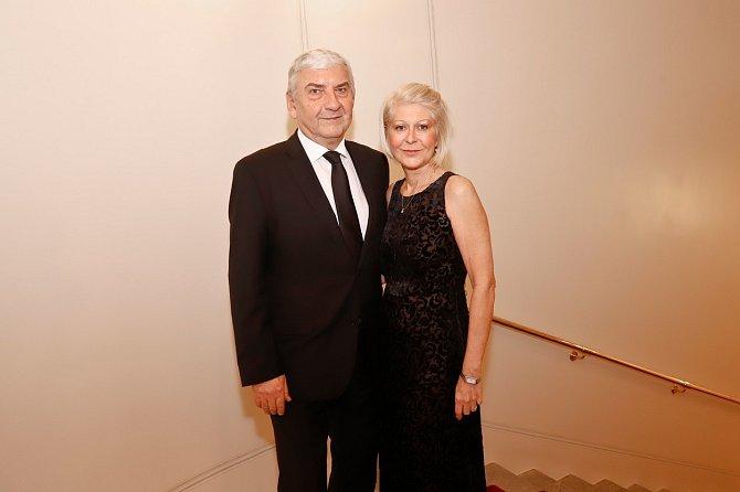 Miroslav Donutil s manželkou Zuzanou, s níž žije přes čtyřicet let
