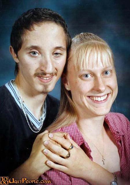 Nemají prý právo na lásku jen proto, že jsou oškliví. Souhlasíte?