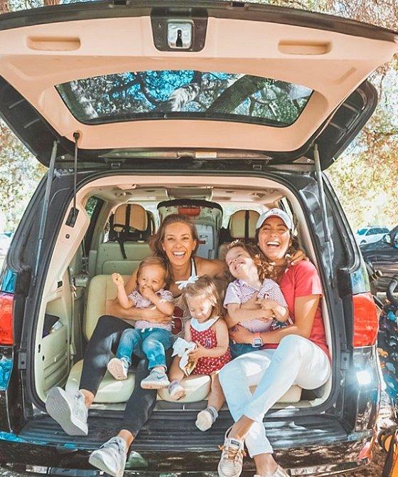 Když se na tuto krásnou rodinu podíváte, víte, že jim nic nechybí.