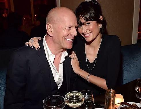 Bruce Willis a Emma Heming - 23 let