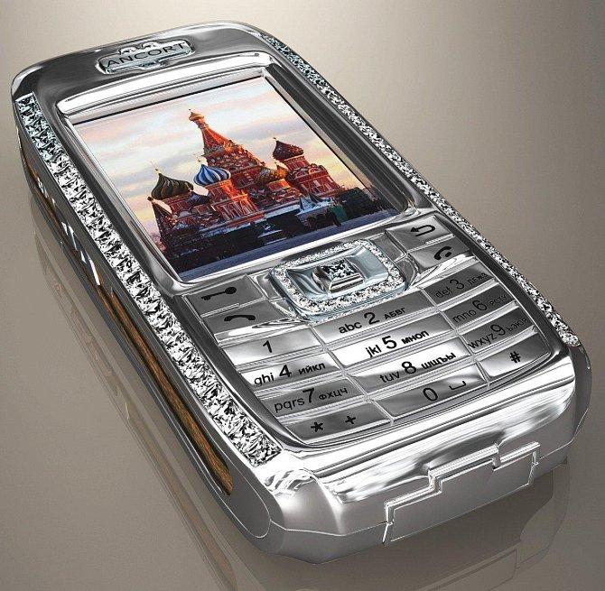 Mobilní telefon - 1,3 miliónů dolarů: Telefon není luxusní jen zvenku, i jeho součástky jsou vyrobené z těch nejluxusnějších materiálů. Kromě drahých kovů, byly použity i materiály speciálně vyvinuté pro vesmírný výzkum.