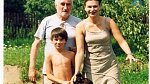 Pavel Landovský s manželkou Markétou a synem.