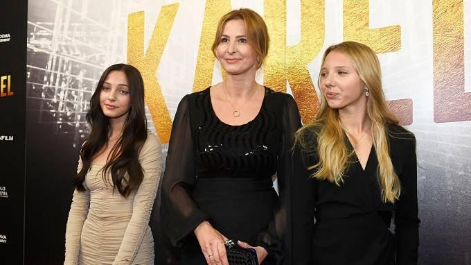 Ivana Gottová má s dcerami krásný vztah.