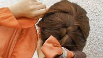 Šátek ve vlasech