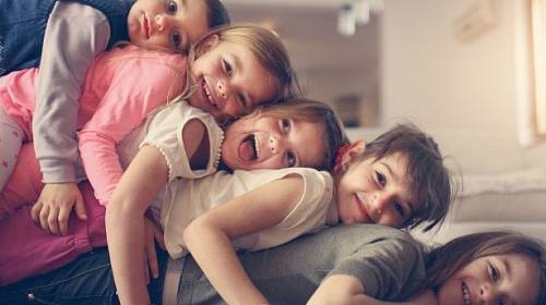 Zplodit spoustu dětí je věc jedna. Postarat se o ně věc druhá.