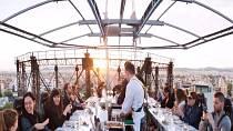 Je libo romantická večeře v oblacích? Není problém! Na Floridě si tuto specialitu můžete dopřát! Jen nesmíte mít strach z výšek...