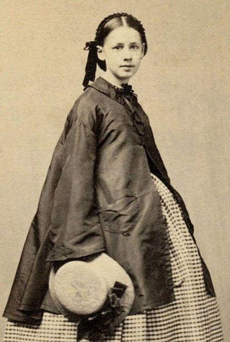 Ilustrační foto - fotografie těhotné ženy z 19. století