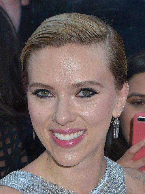 7. Scarlett Johansson - Její skóre: 89,82 %