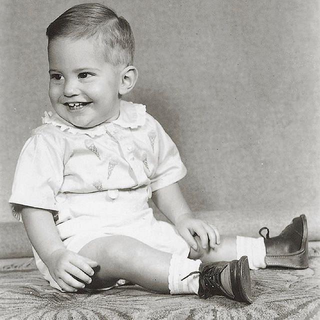 Roztomilé dvouleté batole Bruce Jenner.