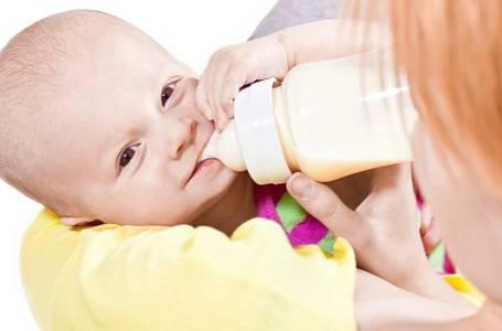 Nechcete dítě alergika? První rok výživy rozhoduje