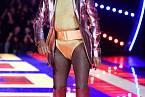 Grace Jones byla hlavní hvězdou módní přehlídky Tommyho Hilfigera.