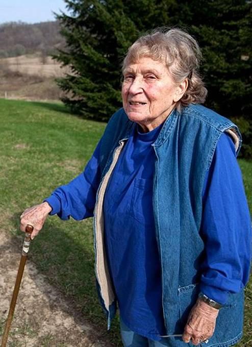 Světlana se v druhé části života představovala jako Lana Petersová