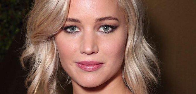 Jennifer se sice neumístila v top 5 v žádné z kategorií, nicméně její tvář je zkrátka hezká a tak obsadila 10. místo.