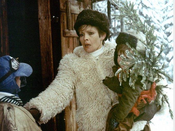 Lukáš Pelánek jako Mates se svou filmovou maminkou Janou Šulcovou