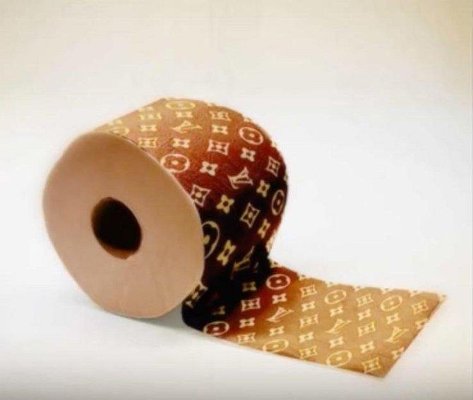 Toaletní papír od Luise Vittona? Připravte si 10 tisíc korun za jednu ruličku!