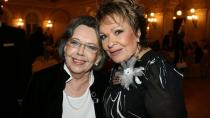 Jiřina Jirásková si s Jiřinou Bohdalovou zahrála ve filmu Světáci.