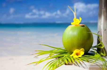 5 důvodů, proč pít kokosovou vodu
