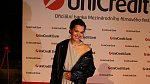 Lilia Khousnoutdinova vyrazila sama na Unicredit Party.