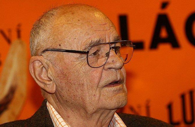 Václav Vorlíček režíroval oblíbený film o Saxaně.