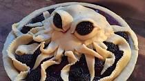 Vtipná inspirace na zdobení koláčů pro průměrně šikovné kuchařky