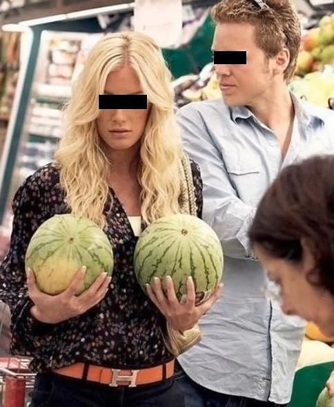 Dva melouny a co udělají srandy.