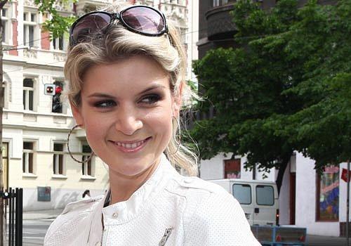 Iveta Lutovská