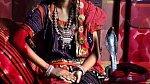 Indka Bimbala Das si vzala hada