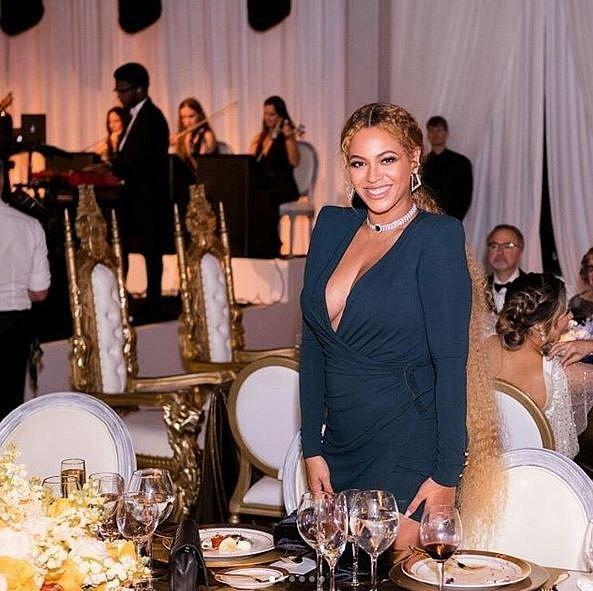Beyoncé se na akci velmi bavila.