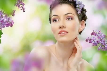 Slovo dermatoložky: Jarní sluníčko je zrádné, zachraňte citlivou pleť