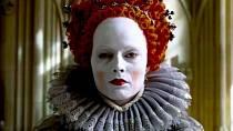 Margot Robbie v roli Alžběty I.