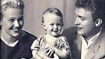 Eduard Izotov s manželkou Inge a dcerou