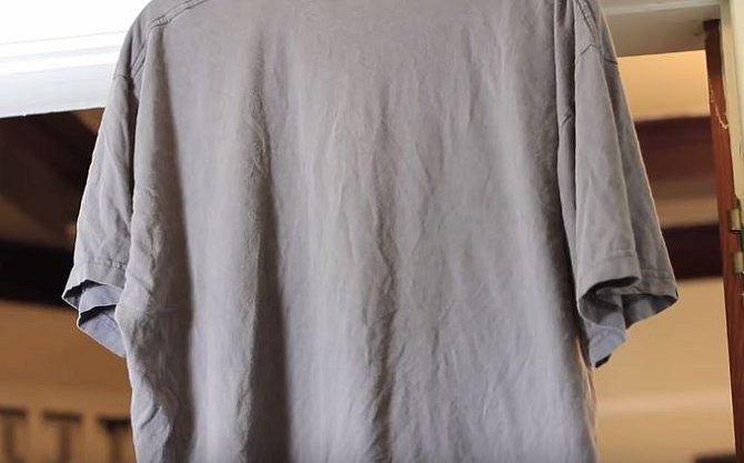 Ocet si bleskově poradí se zmačkaným oblečením.