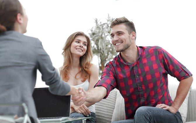 Pokud se ale zapojí oba, je to znamení, že jsou oba ochotni na vztahu pracovat.