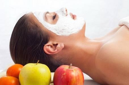 KRASOTIPY na listopad: Čím pečovat o tvář i tělo