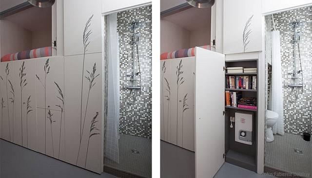 V jedné skříni se skrývá knihovna i bojler.