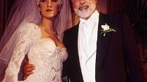 Vdávala se v roce 1994.