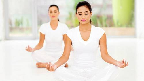 Móda: Speciál jóga - všechno co potřebujete ke cvičení