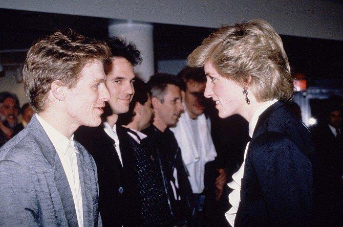 Bryan Adams se setkal s Dianou při její návštěvě Kanady v roce 1986