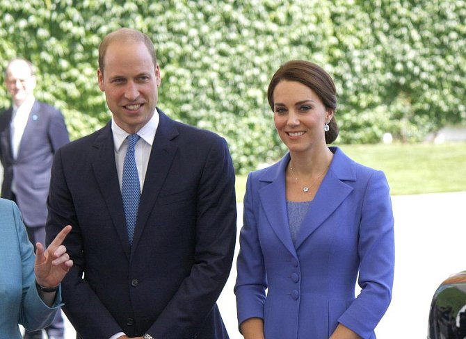 Anglie: muži - 84 kg, ženy - 69 kg