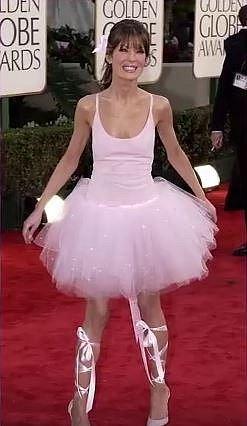 Lara Flynn Boyle se v roce 2003 převlékla rovnou za baletku.