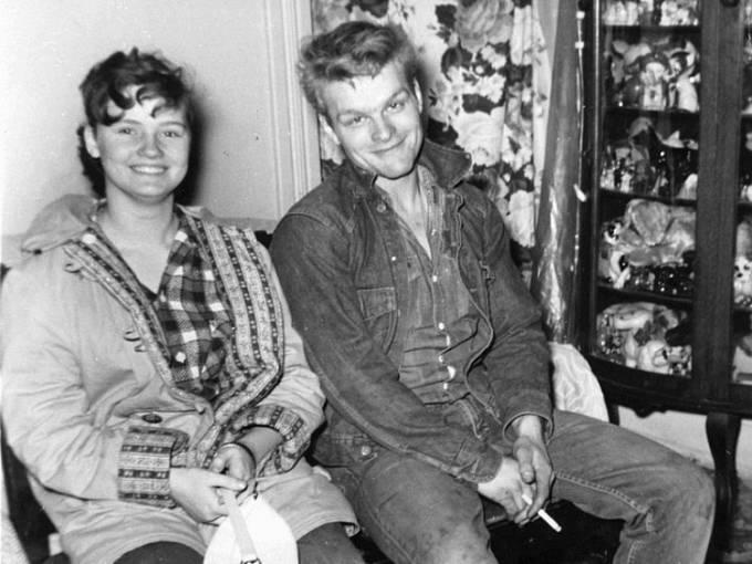 Charles Starkweather a jeho přítelkyně Caril Ann Fugate.