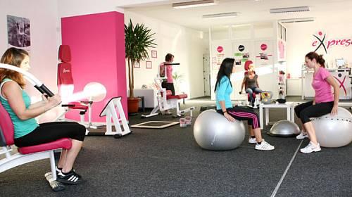 Konečně rychlé a mimořádně účinné cvičení pouze pro ženy