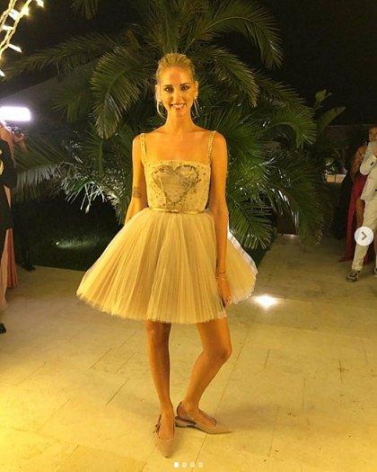 Chiara Ferragni v šatech od Diora