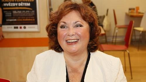 Naďa Konvalinková brzy oslaví své 70. narozeniny.