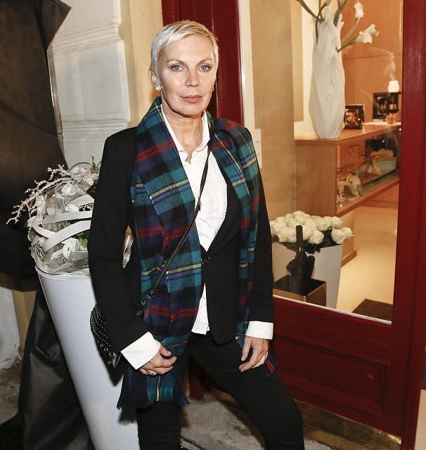 Kateřina Kornová se po modelingu, podnikání i herectví vrhla na oddávání.