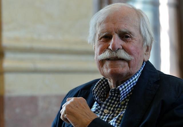 Adolf Born, malíř - Narození: 12.6. 1930, České Velenice, Československo Úmrtí: 22.5. 2016, Praha, Česká republika