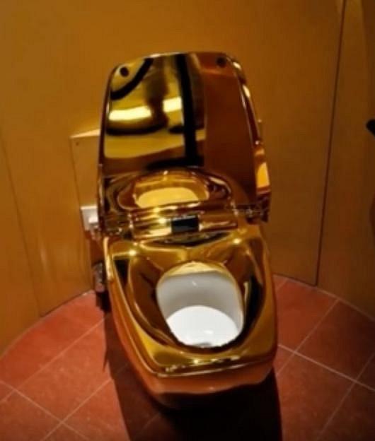 Zlatý záchod za pár milionů? V Dubai naprosto normální věc